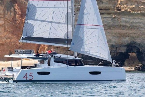 Fountaine-Pajot-Elba-Sailing
